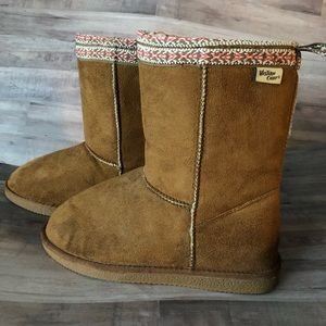 WESTERN CHIEF Boots with Aztec Trim